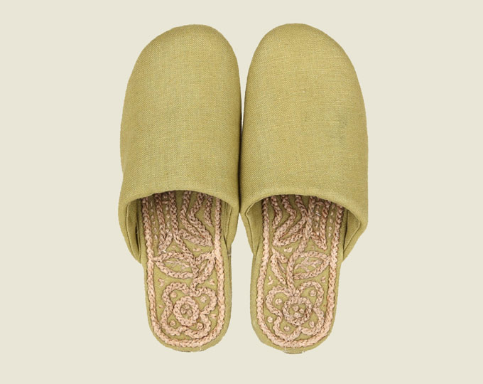 slipper-handmade-cloth-shoes-with