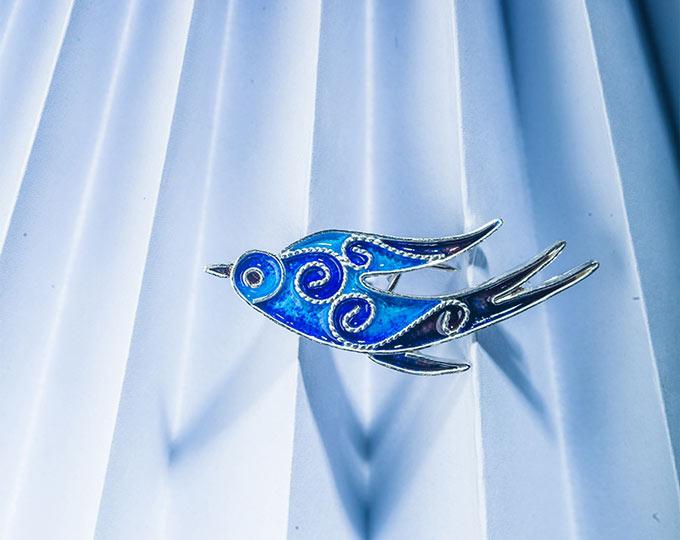 飞燕银花丝珐琅胸针中国传统手工艺饰品银饰品