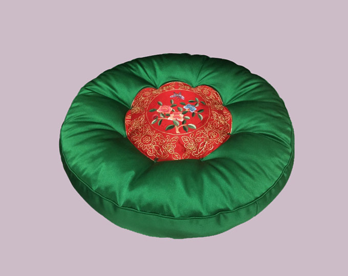 suzhou-embroidery-round-pu-tuan