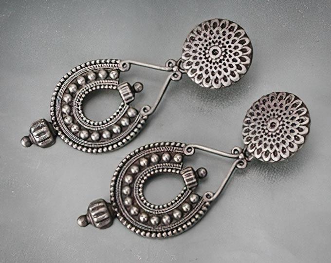 handmade-teardrop-designed-silver