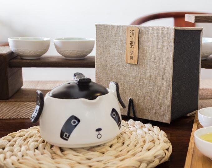 panda-ceramic-teapot-anti-scalding