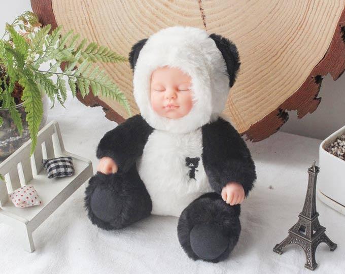 cute-panda-simulation-sleeping
