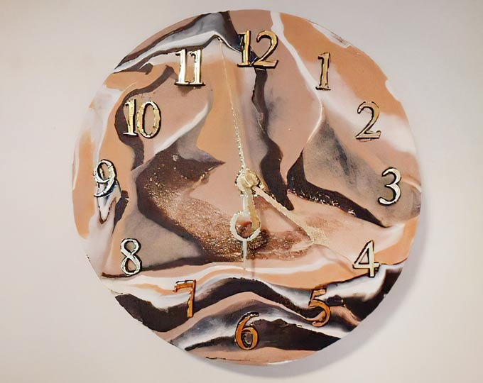 handmade-clay-clock