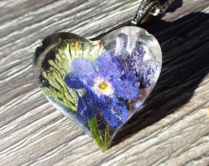 botanical-heart-necklace