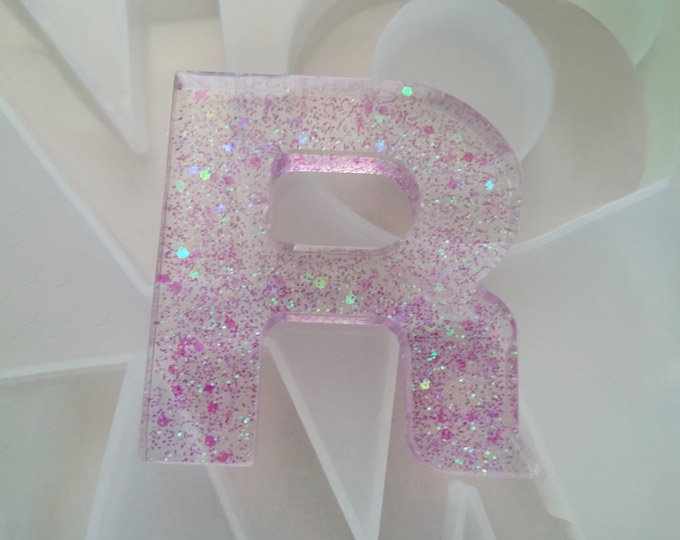 r-letter-keychain