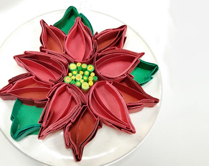 quilled-poinsettia-ornament