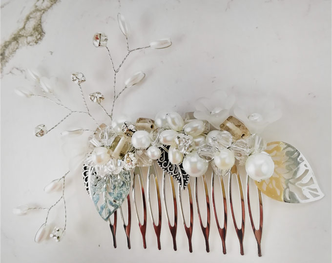 briony-hair-comb