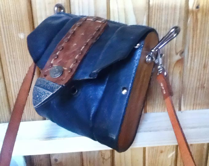 homemade-leather-satchelwe-have