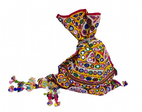 vintage-handmade-gypsy-bag-camel