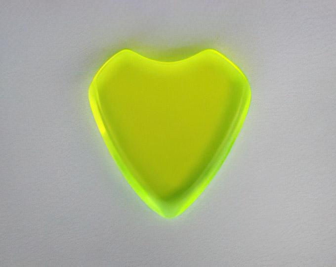 green-fluorescent-ouija-planchette