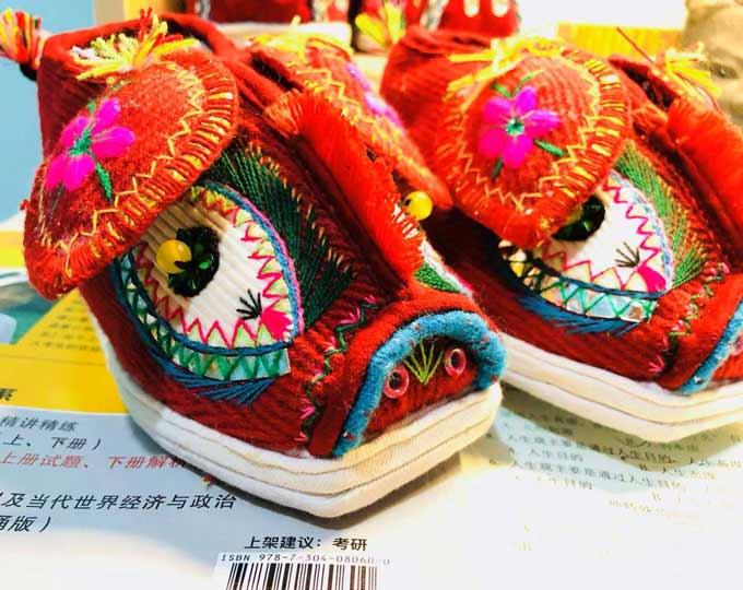 daoxi-piggy-head-shoes-handmade