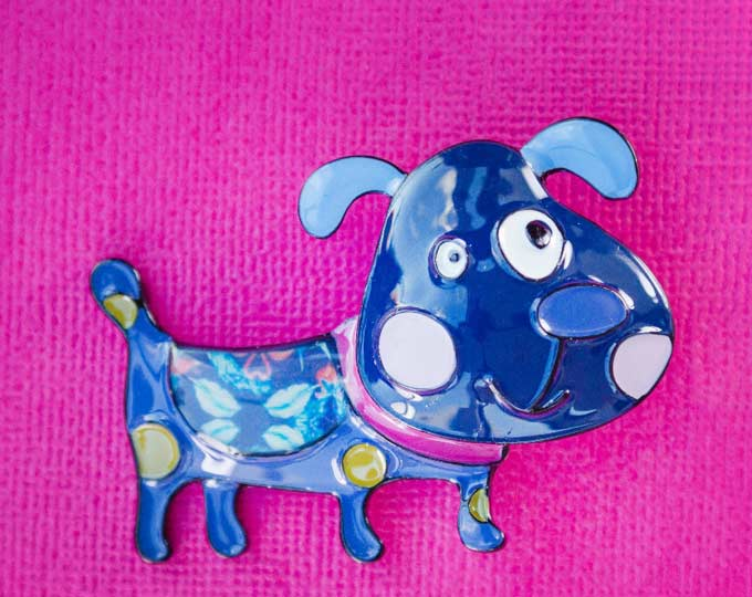chums-the-happy-dog-brooch