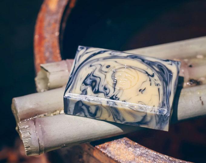 suoxygen-bamboo-charcoal-goat-milk