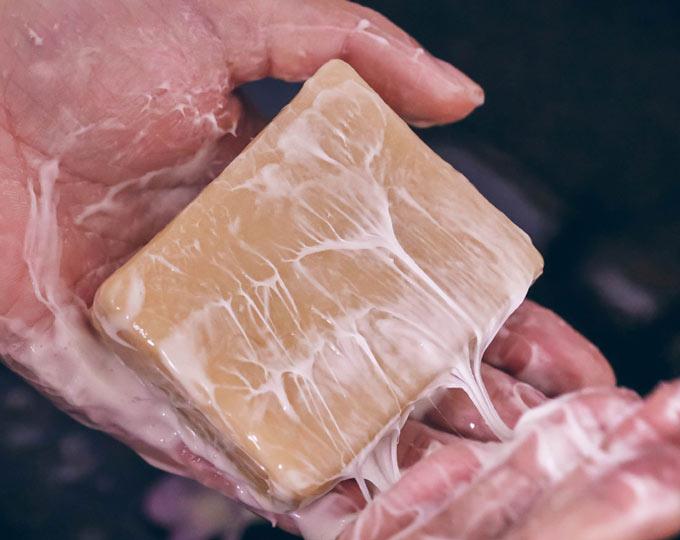 suoxygen-natural-cream-soap-camel
