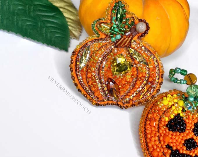 pumpkin-brooch