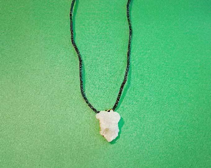 geode-necklace