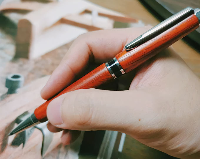 xiang-su-sh-rotary-gel-pen