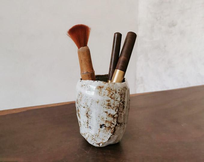 genyu-coarse-pottery-antique-white