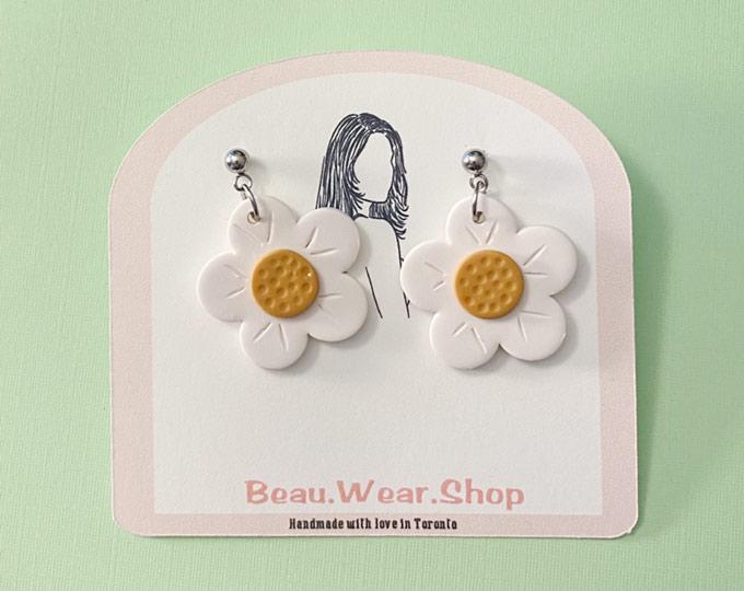 daisy-dangle-earring