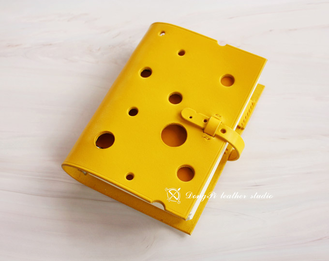 original-design-cheese-modeling
