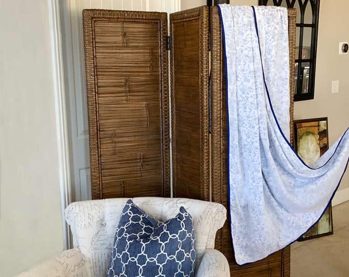 handloomed-blue-elephant-cotton