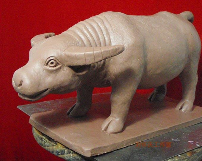 clay-sculpture-little-cute-cow