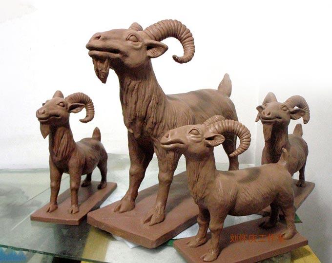 clay-sculpture-the-sheep-handmade