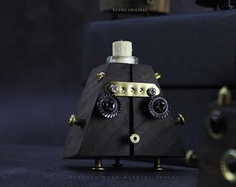 punk-seven-samurai-car-perfume
