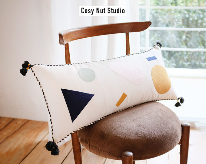 emboridery-cushion-and-pillows
