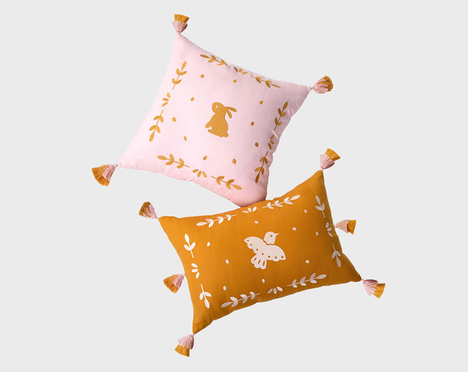 emboridery-cushion-and-pillows D