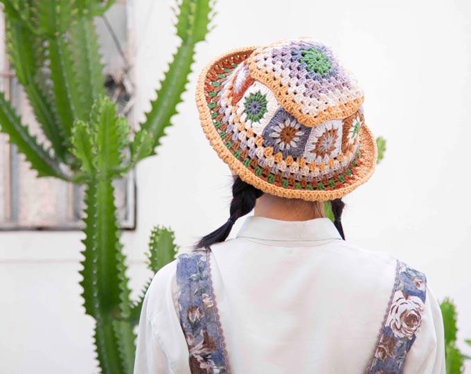ganny-square-crochet-bucket-hat