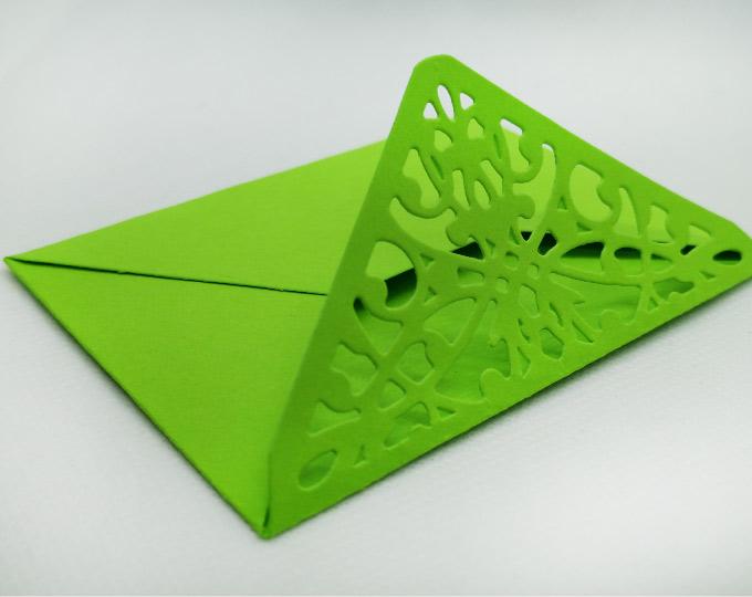 lace-pattern-envelope