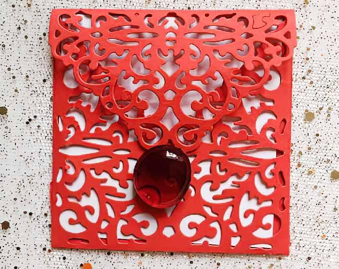lace-patterned-envelope