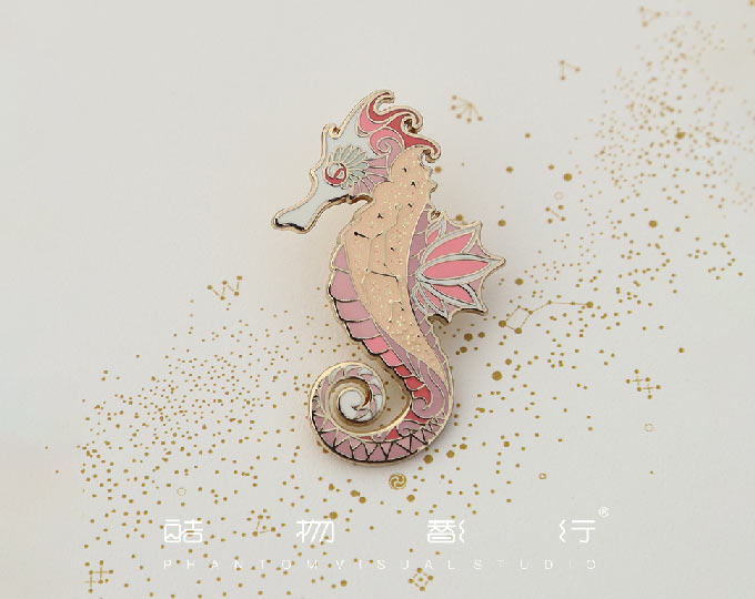 hippocampus-enamel-metal-brooch
