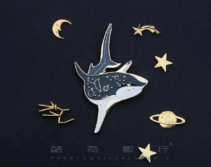 shark-enamel-metal-brooch-badge