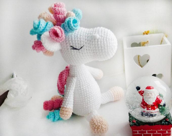crochet-unicorn-handmade-unicorn