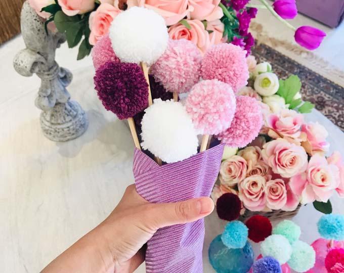pompom-flowers-bouquet