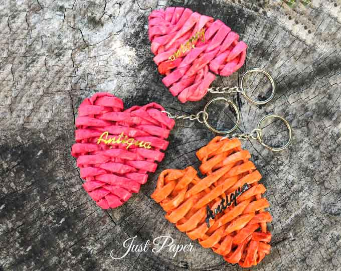 set-of-6-heart-key-chains-bag