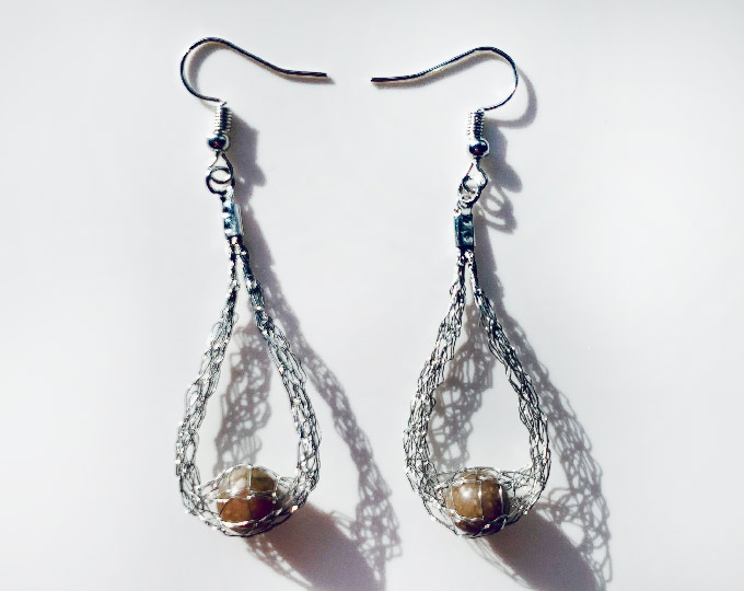 handmade-silver-wire-earrings-with