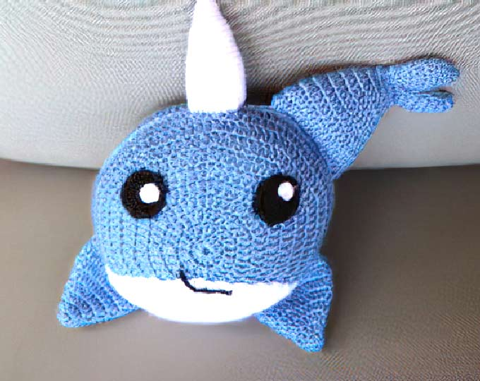 a-narwhal-crochet-pillow