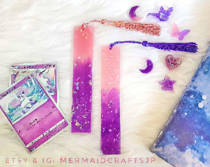 unicorn-glitter-resin-bookmark