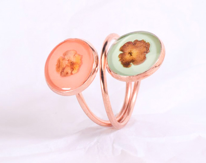 ring-with-pressed-flowers-and