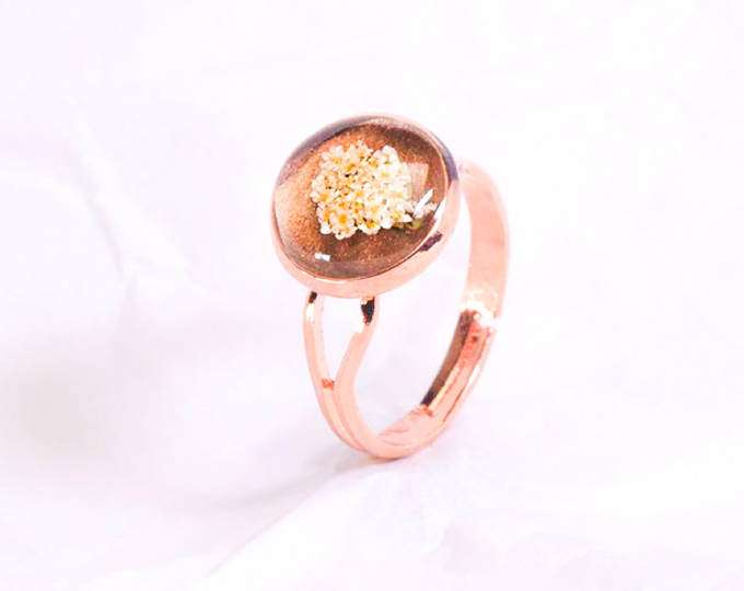 rose-gold-metal-ring-with-brown