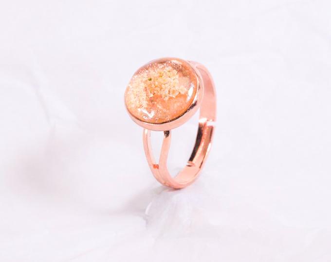 rose-gold-metal-ring-glittery-base