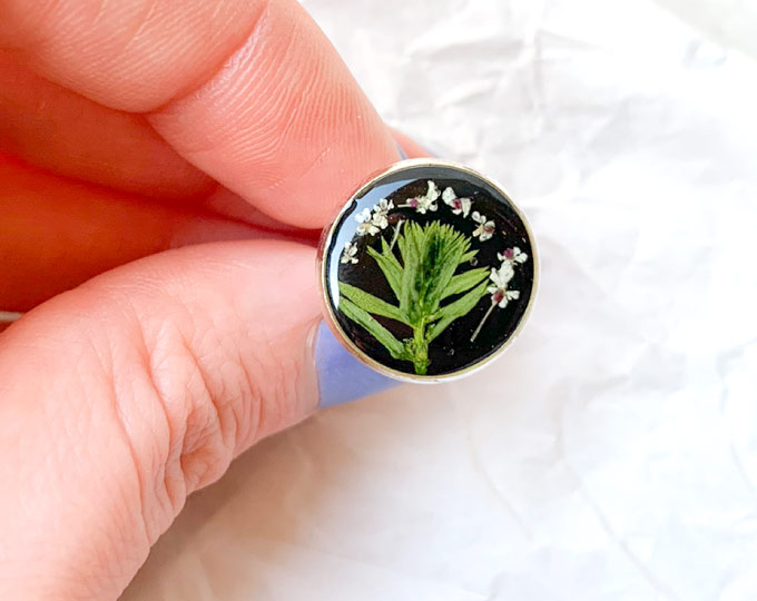 ring-with-pressed-leaf-and-flowers