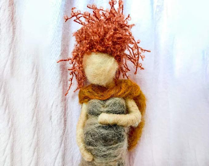 needle-felted-pregnant-womanmother