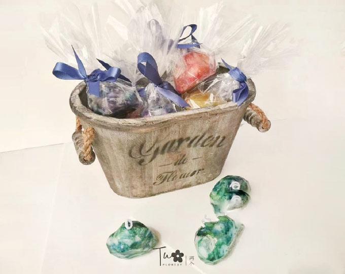 jewel-candlehandmade-candlescent