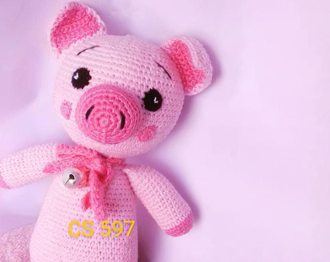 amigurumi-pig-toy