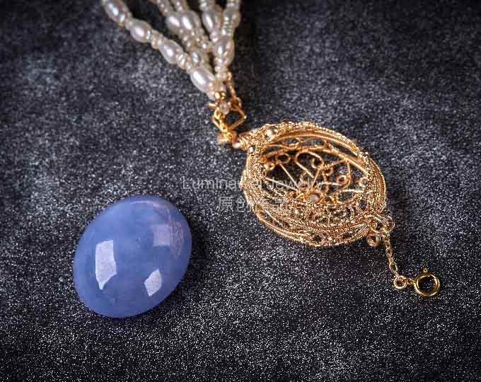 14k-goldfill-box-pendant-charm