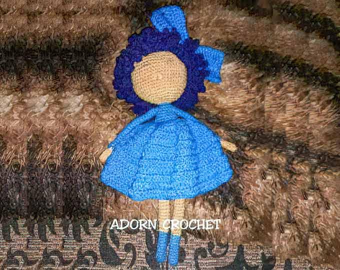 amigurumi-crochet-doll
